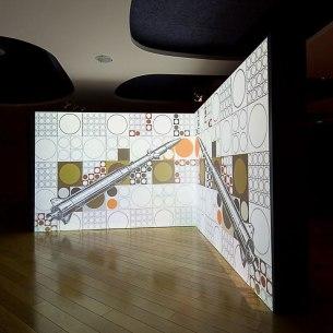 A la conquète de l'espace !, installation video, dessins, 320 x 230 x 50 cm. 2015. Collection du Cnes.