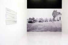 Au champs, Algérie Française, 1933, 465 x 309, papier peint, 2017. Exposition « Sans tambour, ni trompette » Centre d'Art Le Parvis, Pau.
